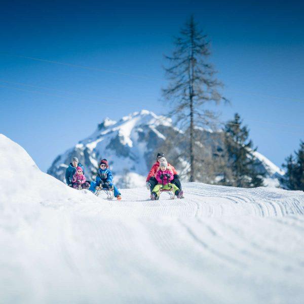 Schlittenfahren am Obertauern